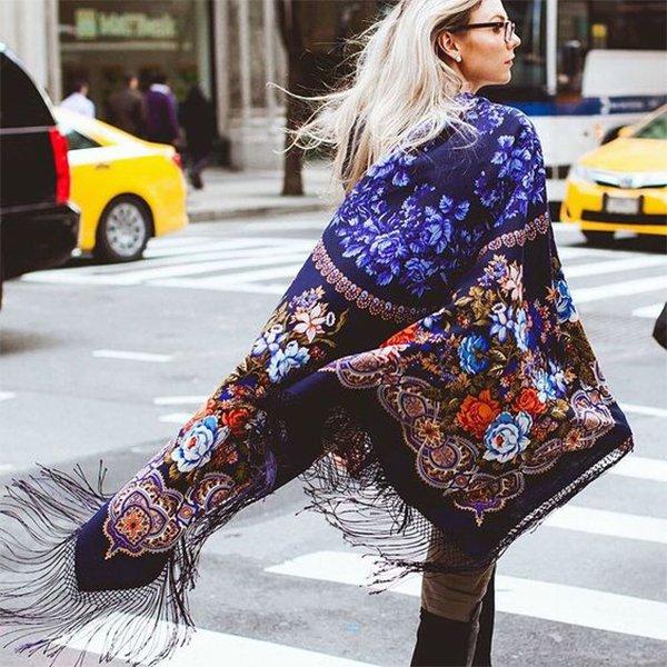 Модные платки с чем носить?