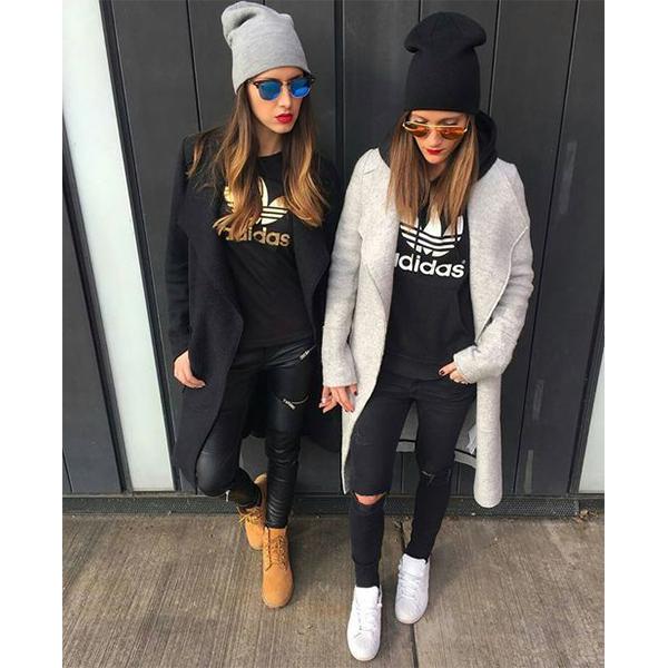 Спорт шик в одежде для женщин