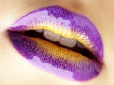 красим губы 07