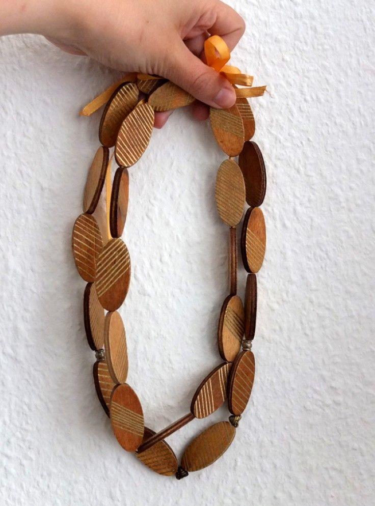 деревянные украшения 09