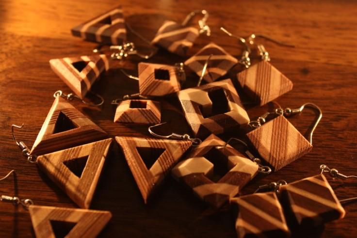 деревянные украшения 13