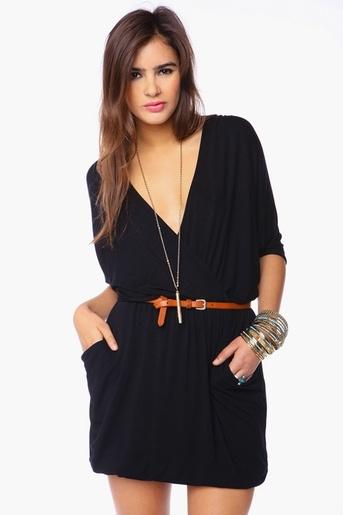 с чем носить черное платье 07