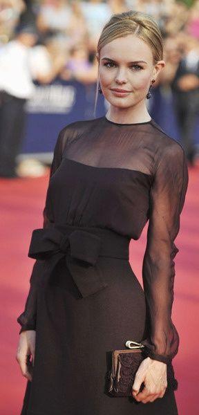 с чем носить черное платье 22