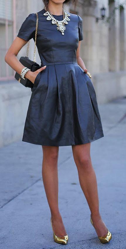 с чем носить черное платье 23