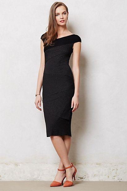с чем носить черное платье 24