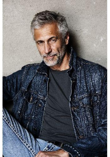 Седые волосы 40 лет мужчине