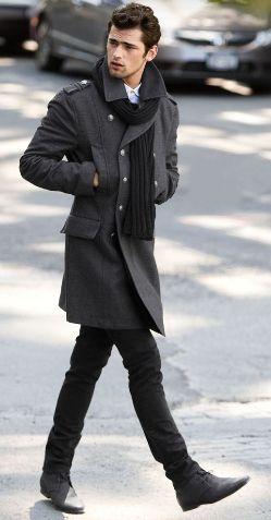 с чем носить мужское пальто 05