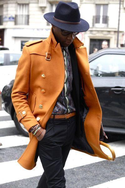 с чем носить мужское пальто 24