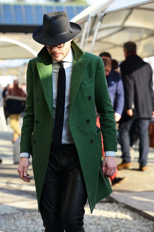 с чем носить мужское пальто 26