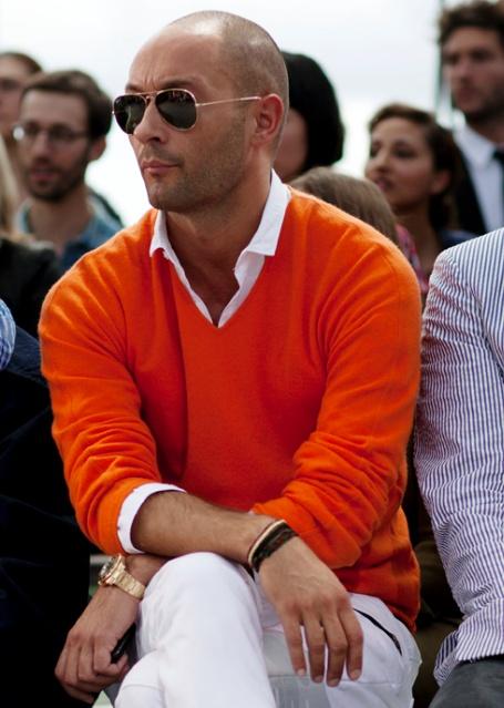 2 мужская мода стильные мужчины men in orange 05