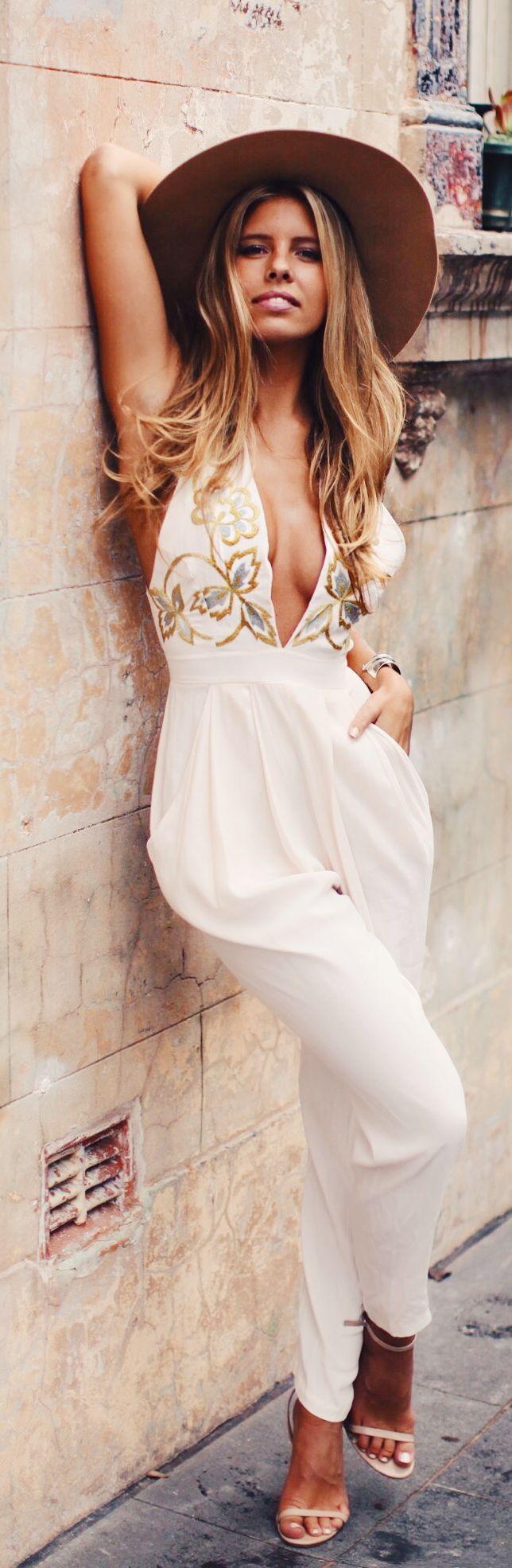 белый цвет в одежде 18