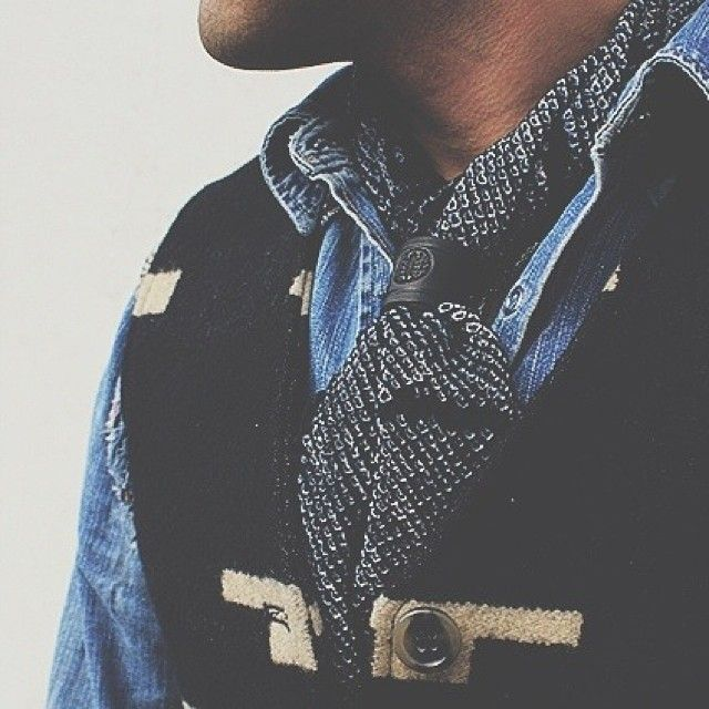 как носить шейный платок мужчине 05