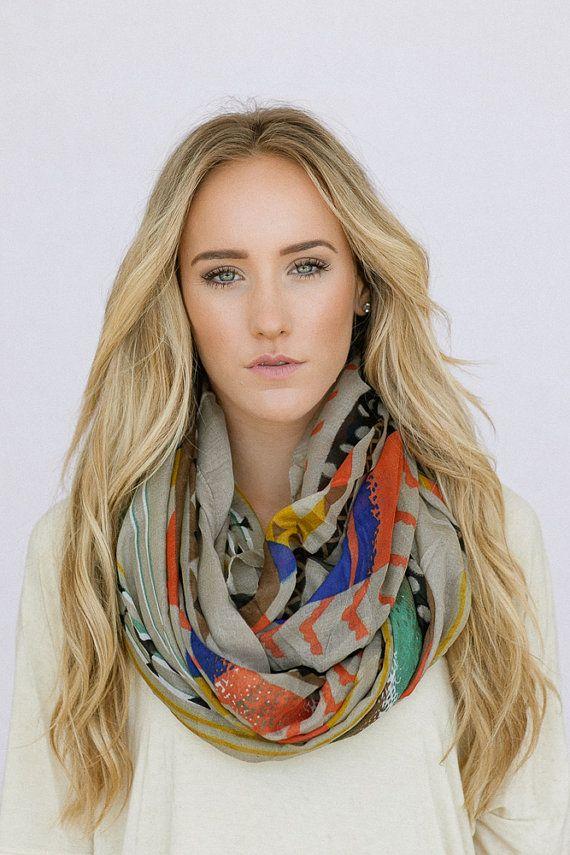 как носить шейный платок 10