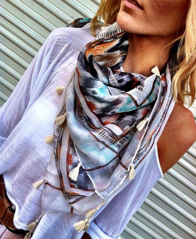 как носить шейный платок 11
