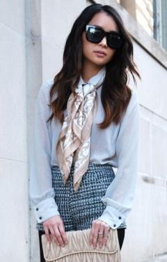 как носить шейный платок 13
