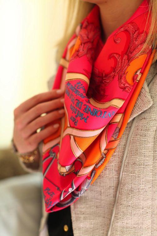 как носить шейный платок 14