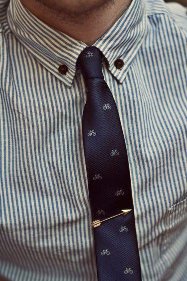 как носить зажим для галстука 03