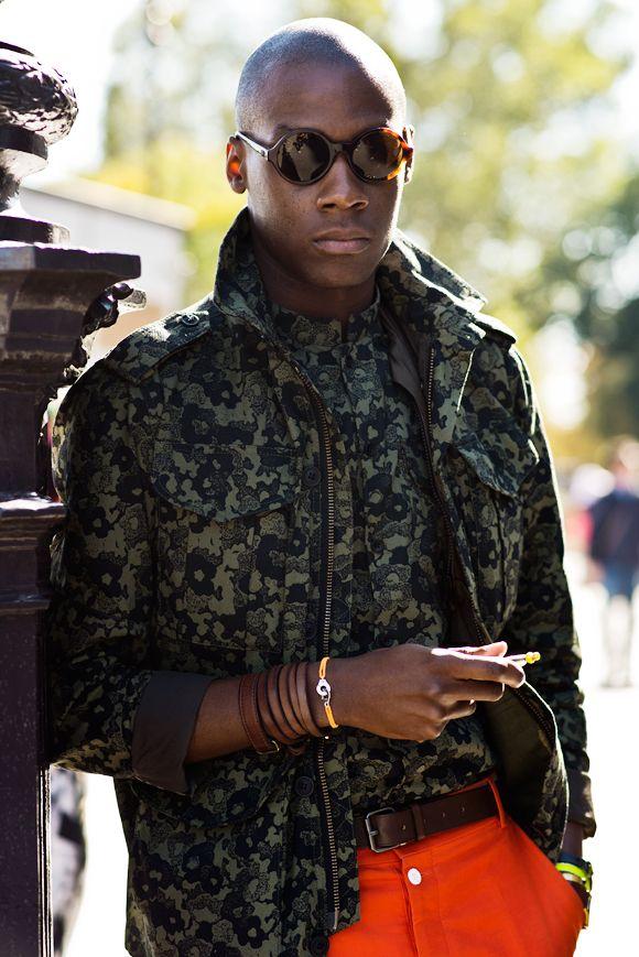 одежда хаки мужской стиль 10