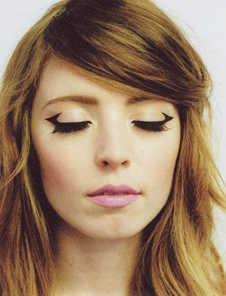 макияж стрелки на глазах 10