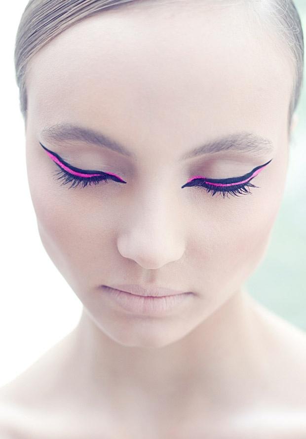 макияж стрелки на глазах 14