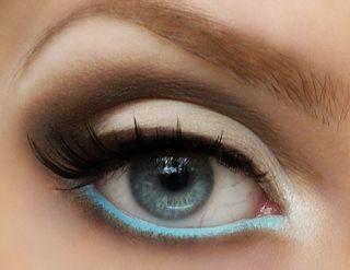 макияж стрелки на глазах 24