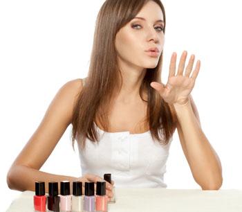 как быстро высушить лак на ногтях 02