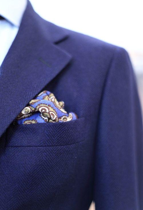 нагрудный платок в карман пиджака 02