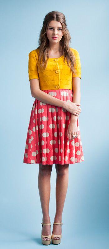 платье в горошек с чем носить 24