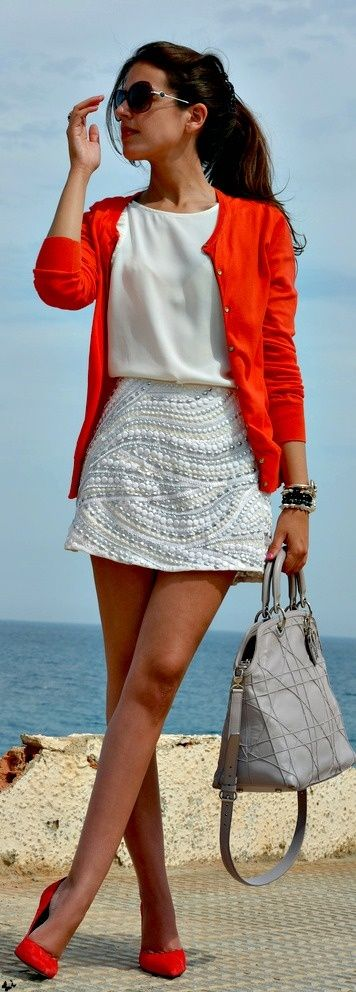 Found on dressescolortrends.blogspot.com