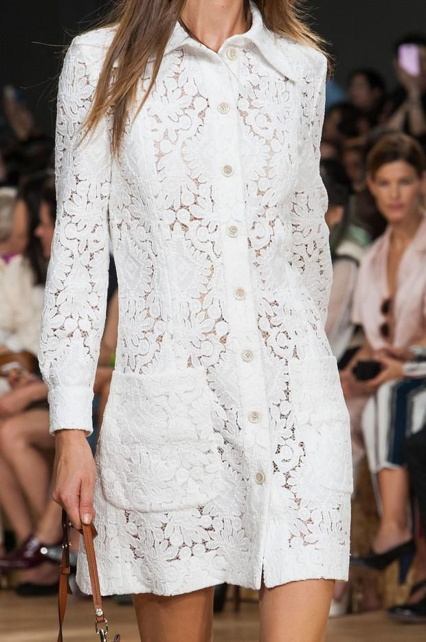 мода весна лето 2015  белые платья 2