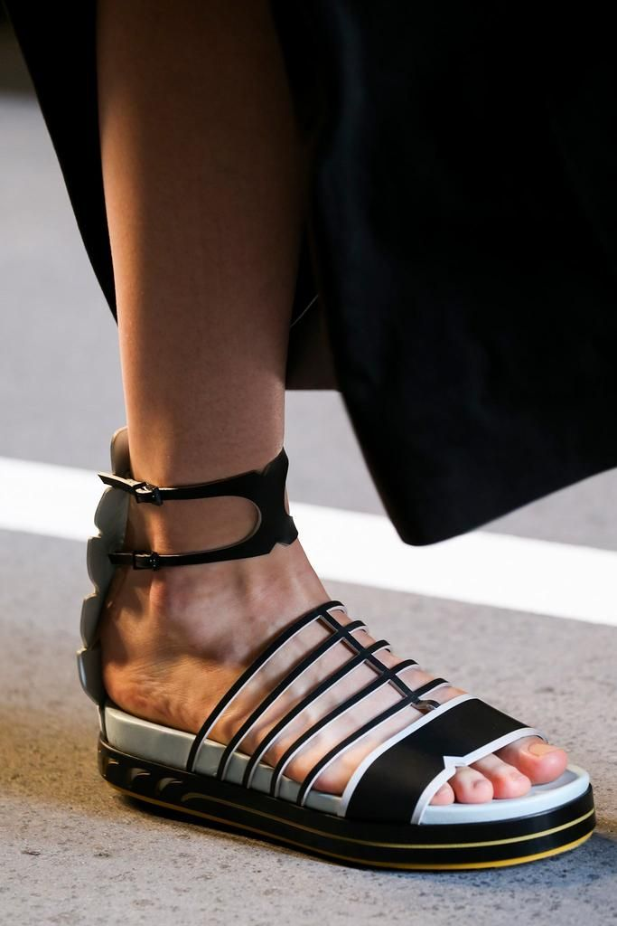 Fendi Summer 2015 Found on style.com