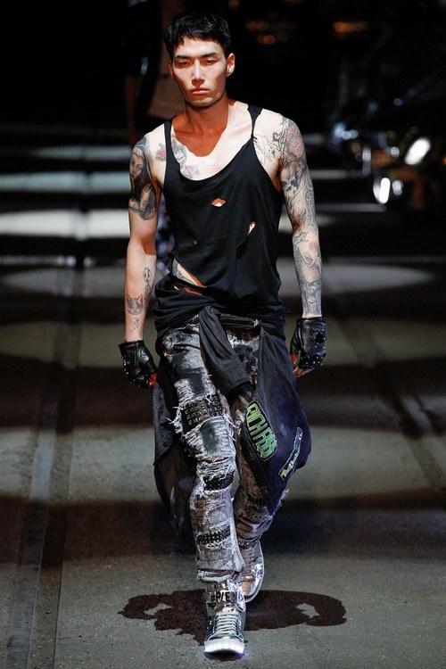 какие мужские джинсы в моде