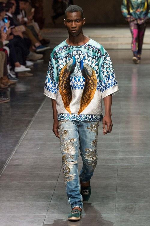 модные мужские джинсы с вышивкой