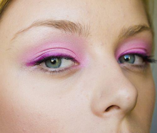 Мода в макияже глаз фото