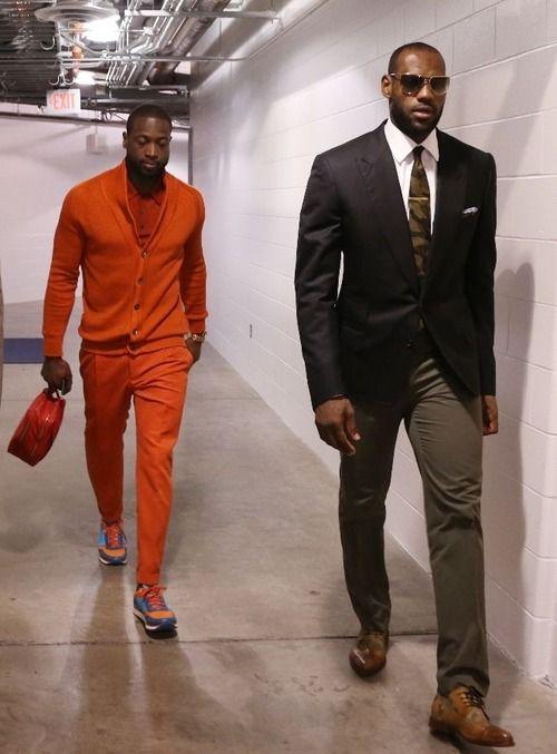 Как выбрать одежду высокому мужчине