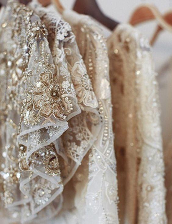 Развитие гламурного стиля в одежде