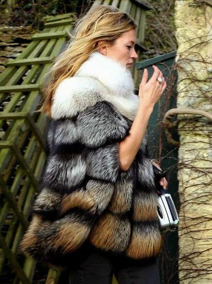 Какие меховые жилетки в моде